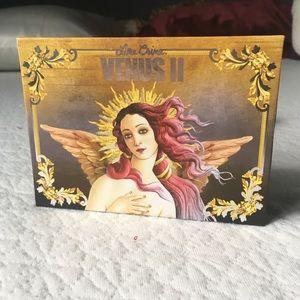 Limecrime Venus 2 palette